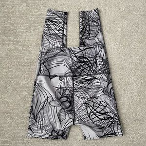 Beyond yoga high rise floral leggings